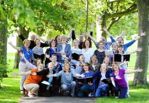 Scotland Sings - Sick Kids Hospital Choir, Edinburgh, 09/06/2015: Edinburgh's award winning Sick Kids Hospital Choir rehearse in the nearby Meadows with conductor Tom Paton (centre middle). More info from: Rebecca Giblin, Scotland Sings - rebecca@handsupfortrad.co.uk Photography from: Colin Hattersley Photography - colinhattersley@btinternet.com - www.colinhattersley.com - 07974 957 388